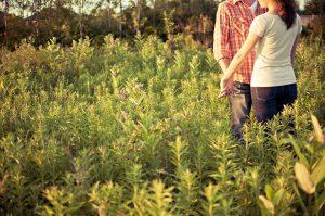 countryside-couple